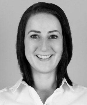Claudia_Henkel-sw Team