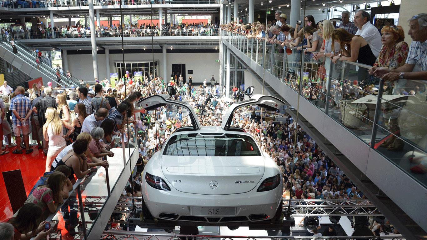 Gerryland-Mercedes-Benz-Muenchen-03
